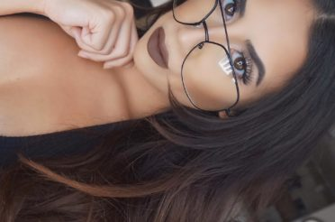 Sexy Glasses Makeup