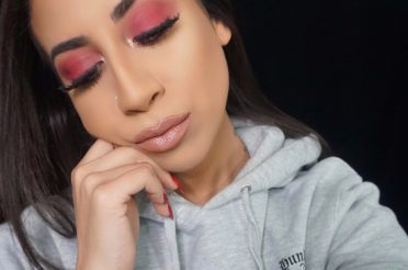 Simple Red Eyeshadow