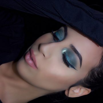 Teal Winged  Eye Makeup