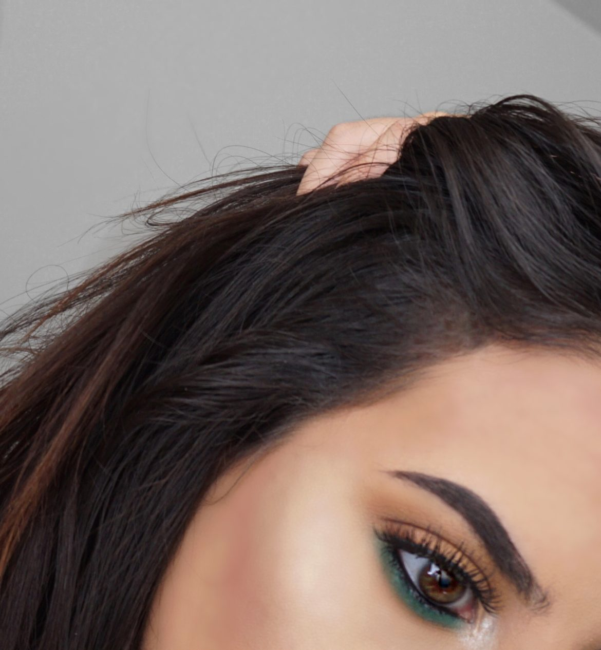 Orange W/ Pop Of Green Eyeshadow Makeup