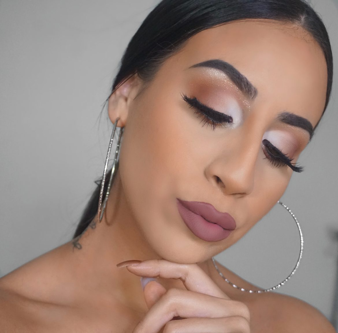 How To Create An Easy Glam Half Cut Crease (Makeup Tutorial)