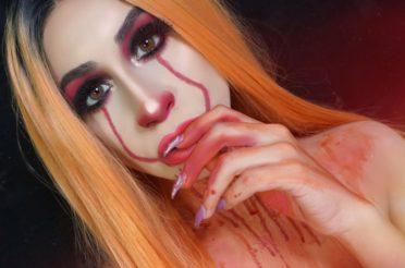 Sexy Pennywise Halloween Makeup (IT Makeup)