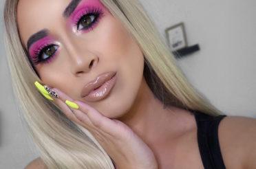 Bold Neon Pink Eyeshadow