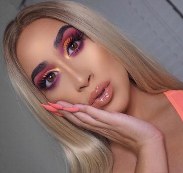 Bright Colorful Eyeshadow
